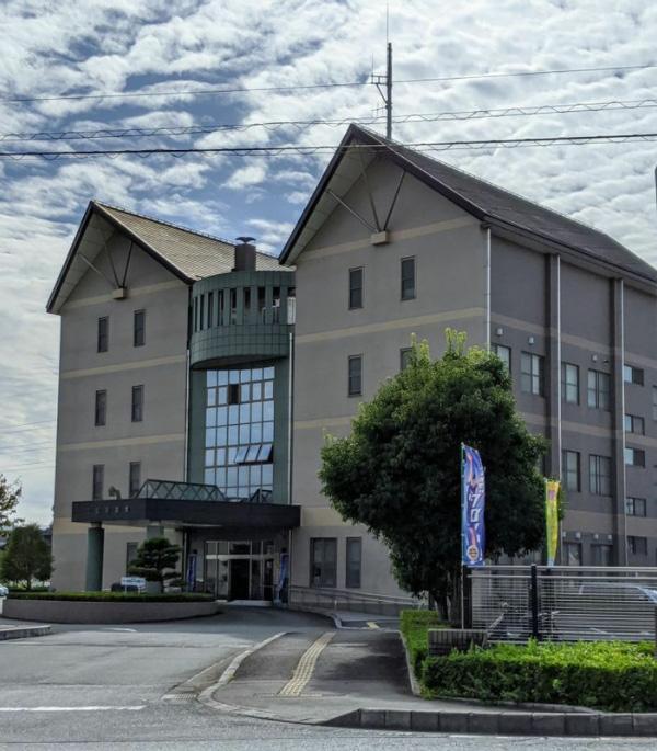 仲澤さんの事故を捜査した静岡県警三島警察署(筆者撮影)