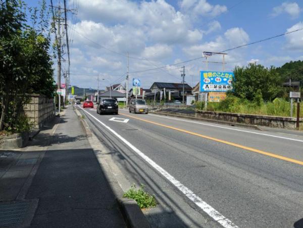 ひとみさんが「ながらスマホ」の車にひかれて亡くなった岐阜県の事故現場(筆者撮影)