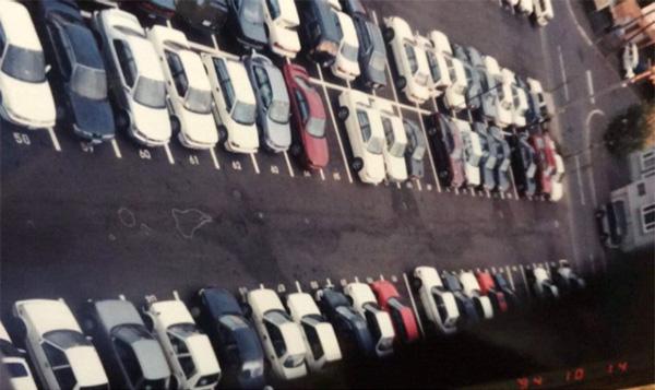 27年前、博勇くんが亡くなった事故現場の駐車場(佐藤さん提供)